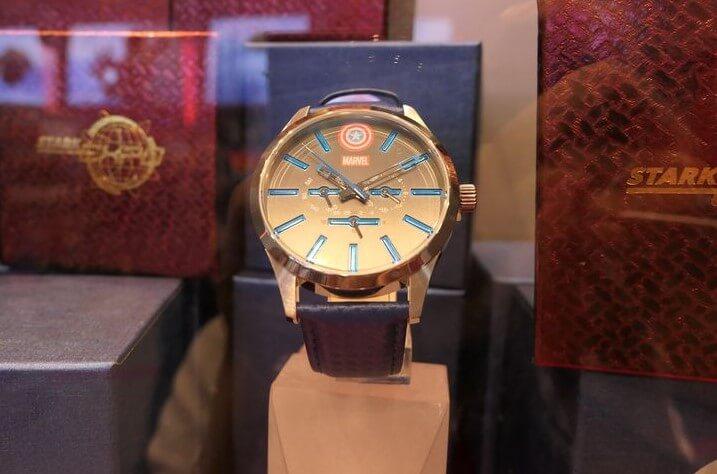 香港ディズニーランド:キャプテンアメリカの腕時計